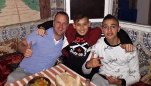 Jan Hendrik maakte een motorreis van Rotterdam naar Marrakesh, Marokko. Hier was hij op de terugweg en legde de etappe van Fez naar Chefchaouen af.