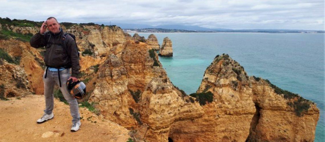 Jan Hendrik reed naar de Algarve in Portugal op de motor.